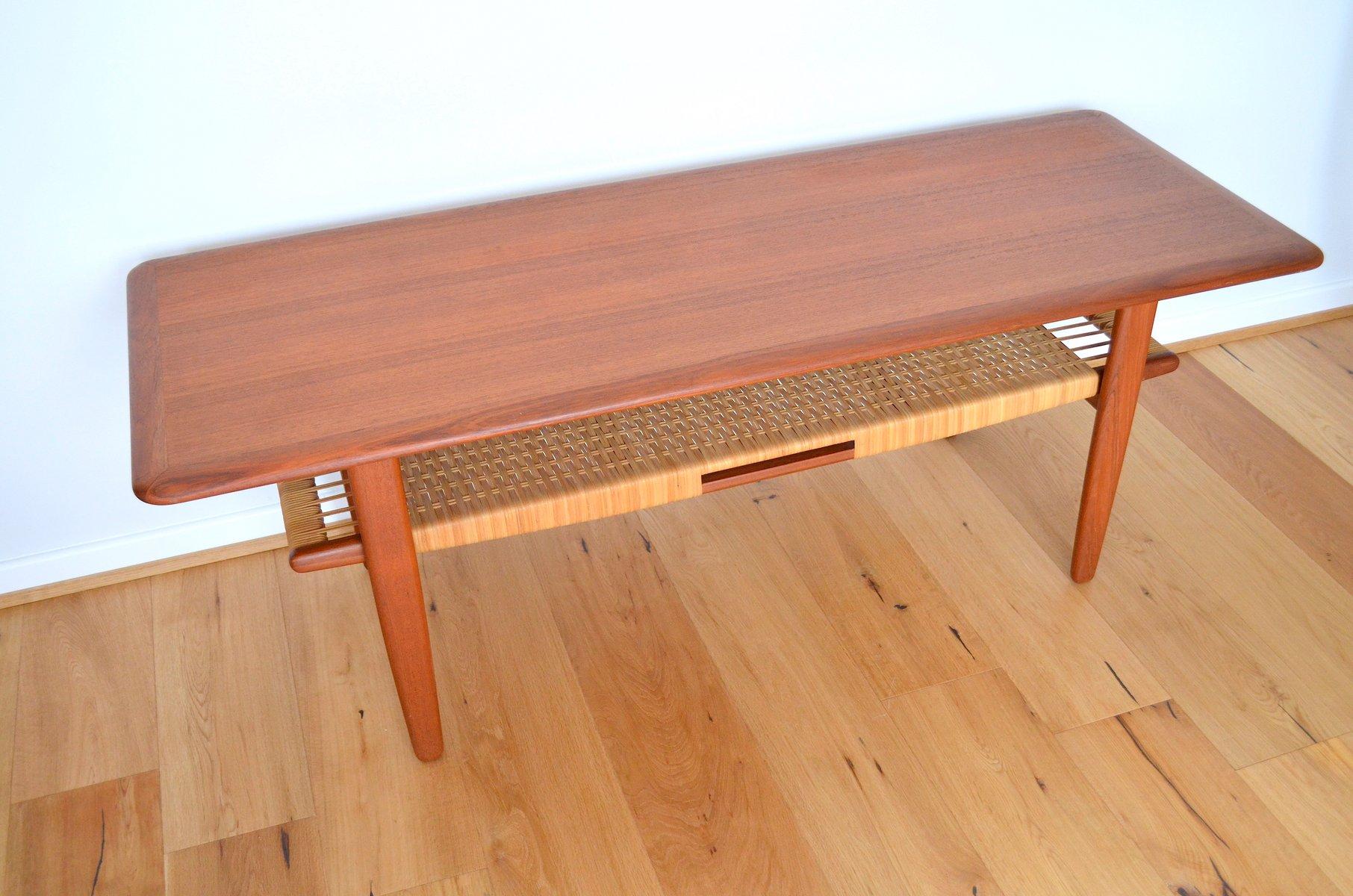 couchtisch mit rattan boden von kurt stervig f r jason m bler 1950er bei pamono kaufen. Black Bedroom Furniture Sets. Home Design Ideas
