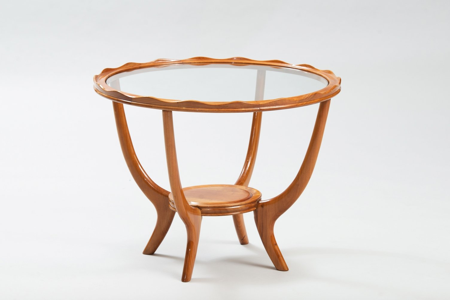 italienischer beistelltisch aus bergahorn und glas bei. Black Bedroom Furniture Sets. Home Design Ideas