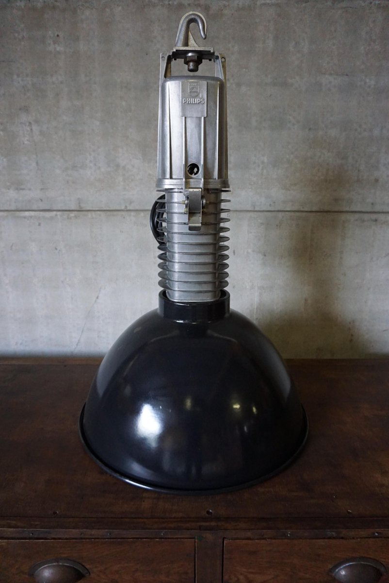 industrial pendant lighting. Large Industrial Pendant Light By Philips Lighting D