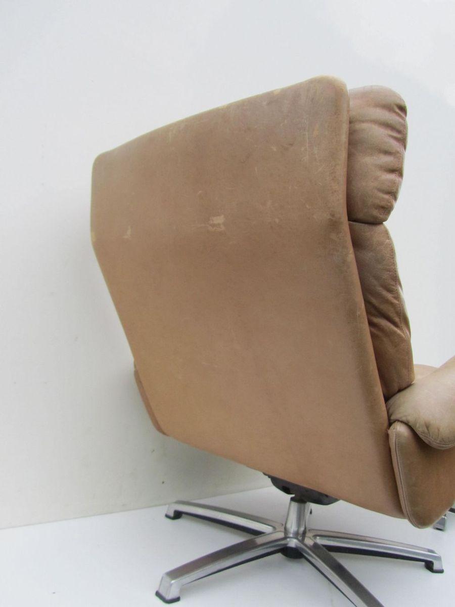 mid century leder drehstuhl mit fu hocker bei pamono kaufen. Black Bedroom Furniture Sets. Home Design Ideas