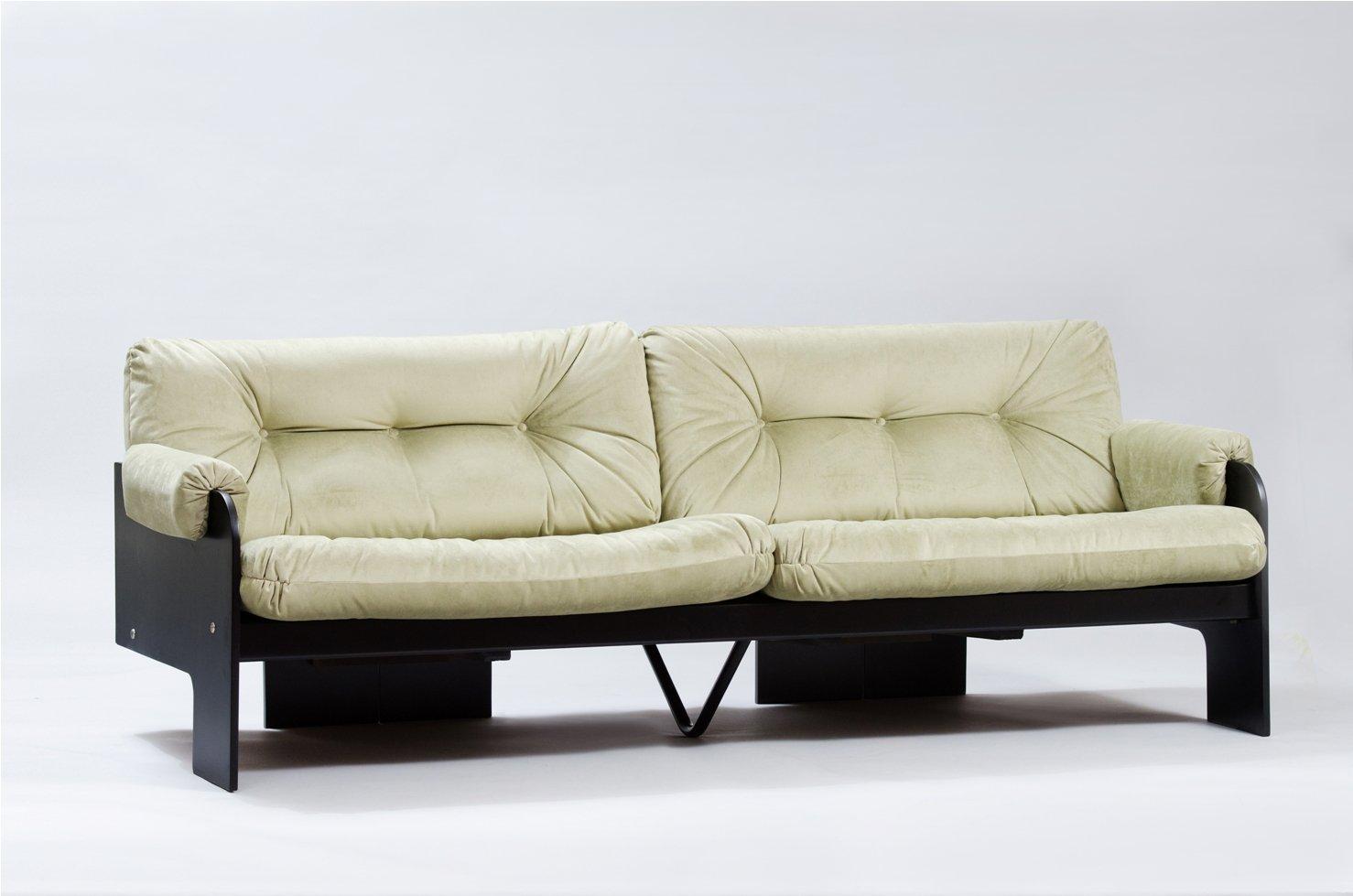 italienisches modernes dreisitzer sofa mit gr nem samtbezug bei pamono kaufen. Black Bedroom Furniture Sets. Home Design Ideas