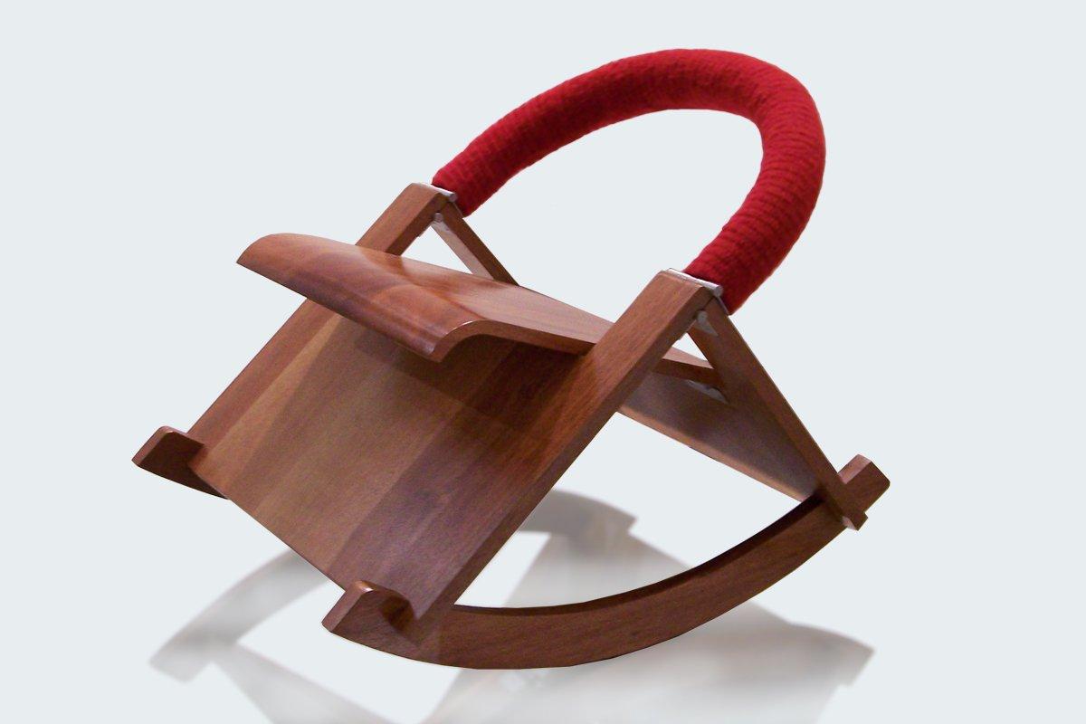 modell smile kinder schaukelstuhl von luis ram rez bei pamono kaufen. Black Bedroom Furniture Sets. Home Design Ideas