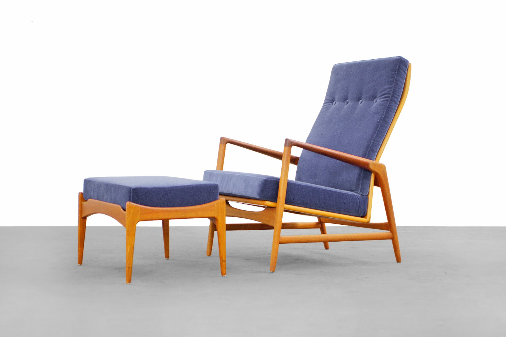 Danish Mordern Selig Lounge Chair