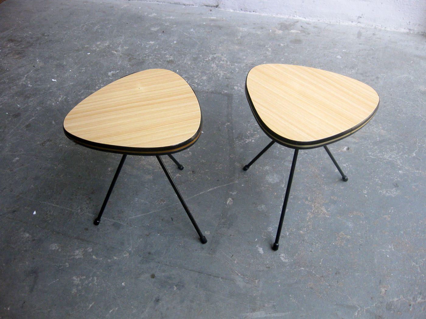 kleine franz sische beistelltische 2er set bei pamono kaufen. Black Bedroom Furniture Sets. Home Design Ideas