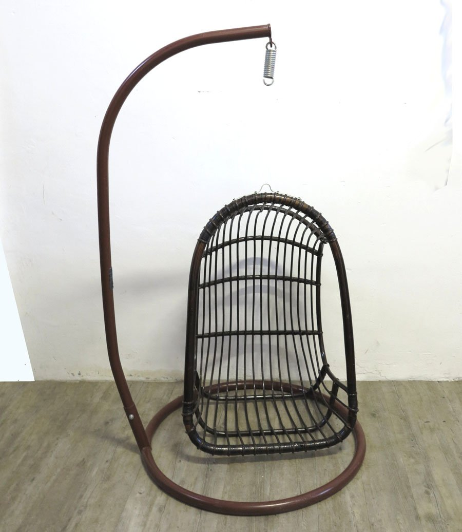 freischwingender vintage egg chair aus rattan bambus bei. Black Bedroom Furniture Sets. Home Design Ideas
