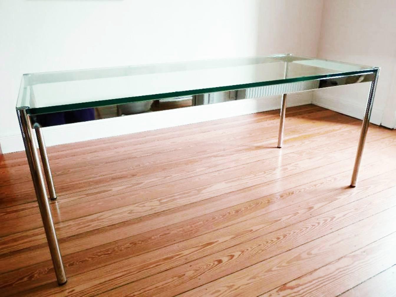 mit glasplatte interesting tisch mit glasplatte with mit glasplatte design esstisch resceta. Black Bedroom Furniture Sets. Home Design Ideas