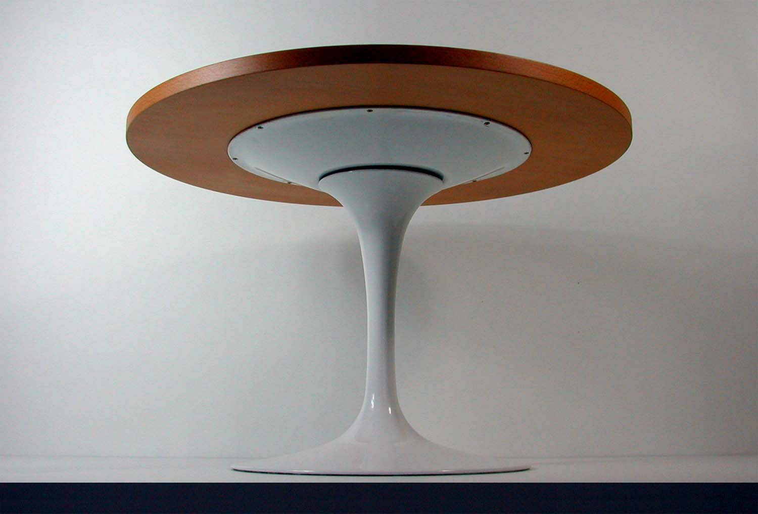 Tulip Base Lazy Susan Coffee Table By Eero Saarinen For