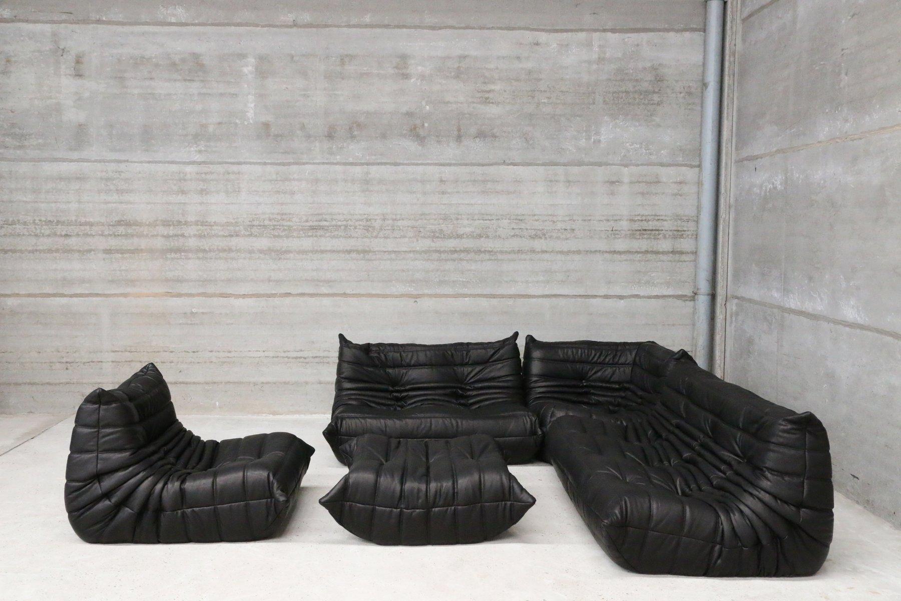 set de canap s togo vintage en cuir noir par michel ducaroy pour ligne roset en vente sur pamono. Black Bedroom Furniture Sets. Home Design Ideas