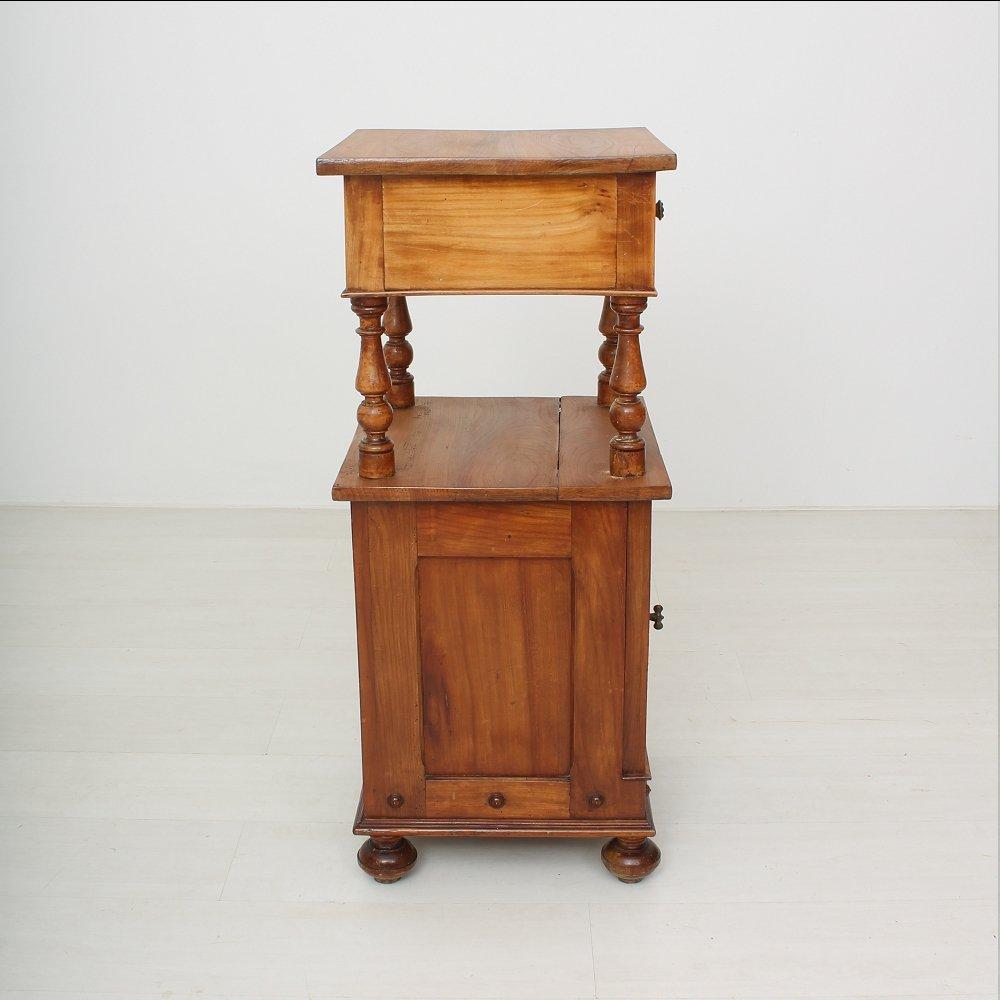 Finest Kleiner Antiker Nachttisch Aus Kirschholz Er With Kleiner Nachttisch  With Kleiner Nachttisch