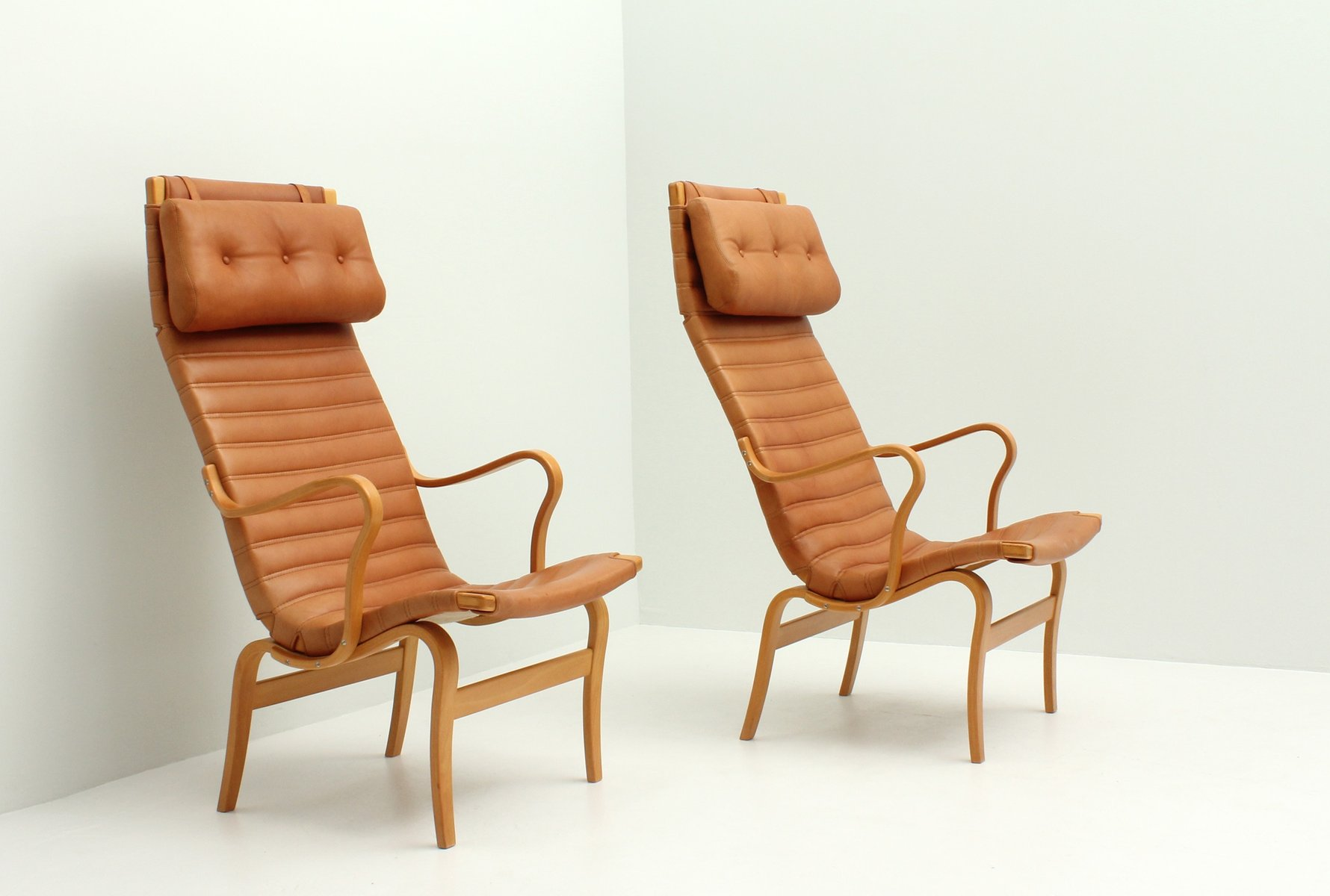 High Quality Eva High Back Chairs By Bruno Mathsson For Dux, 1970s, Set Of 2 For Sale At  Pamono