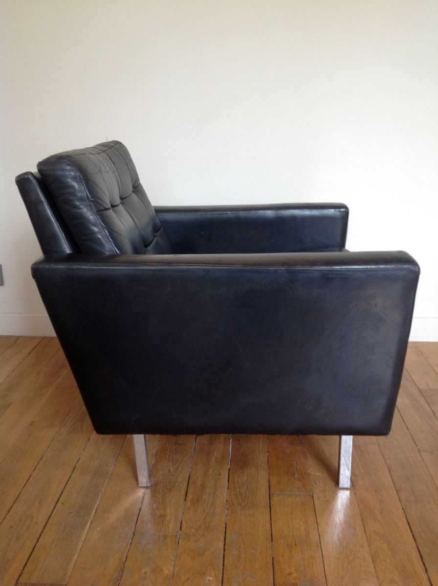 Elegant Mid Century Black Leather Club Chair For Sale At Pamono
