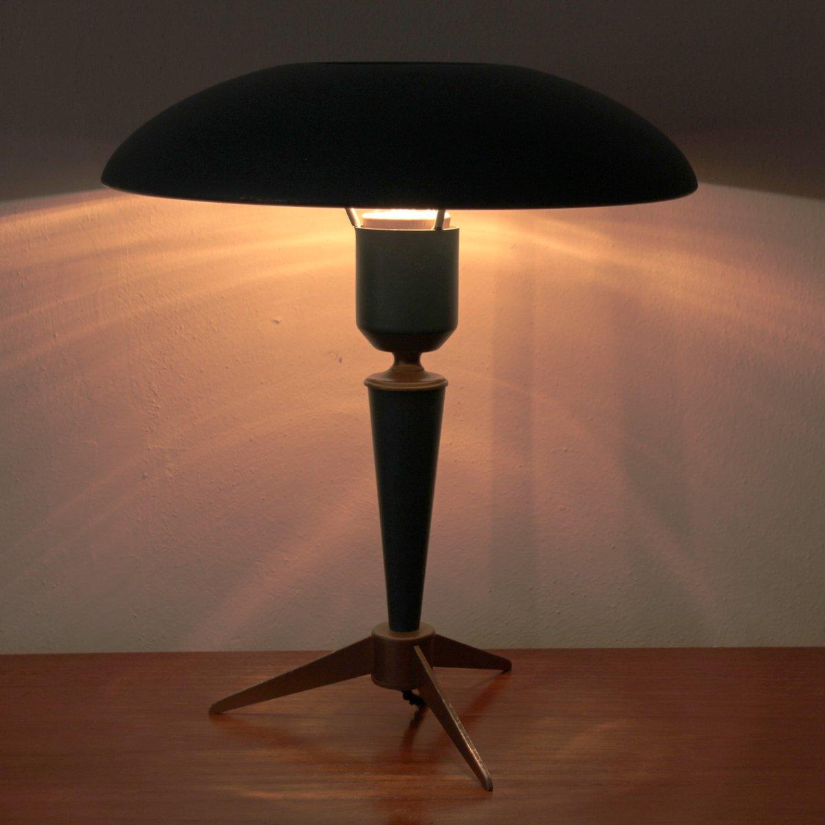 Lampada da tavolo vintage tripode di Louis Kalff per ...