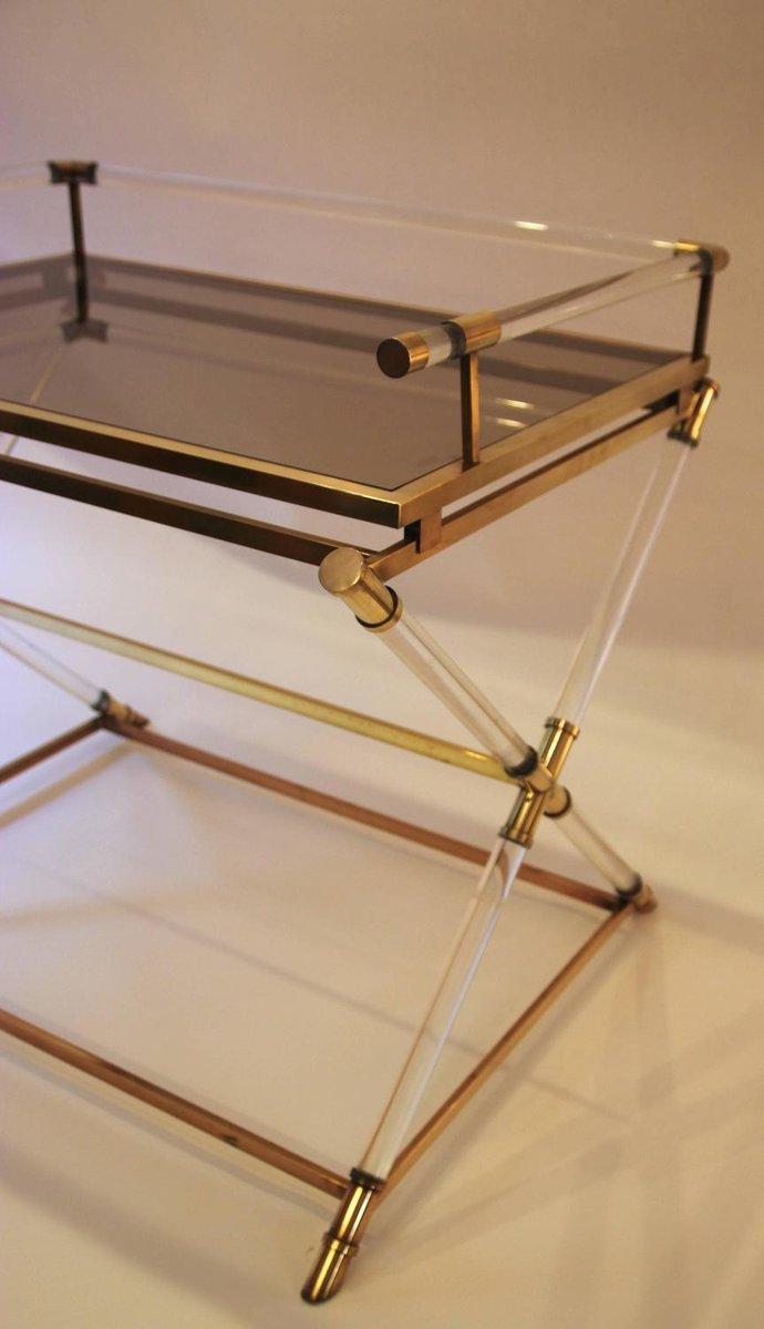 Beistelltisch aus plexiglas und poliertem messing von for Beistelltisch plexiglas
