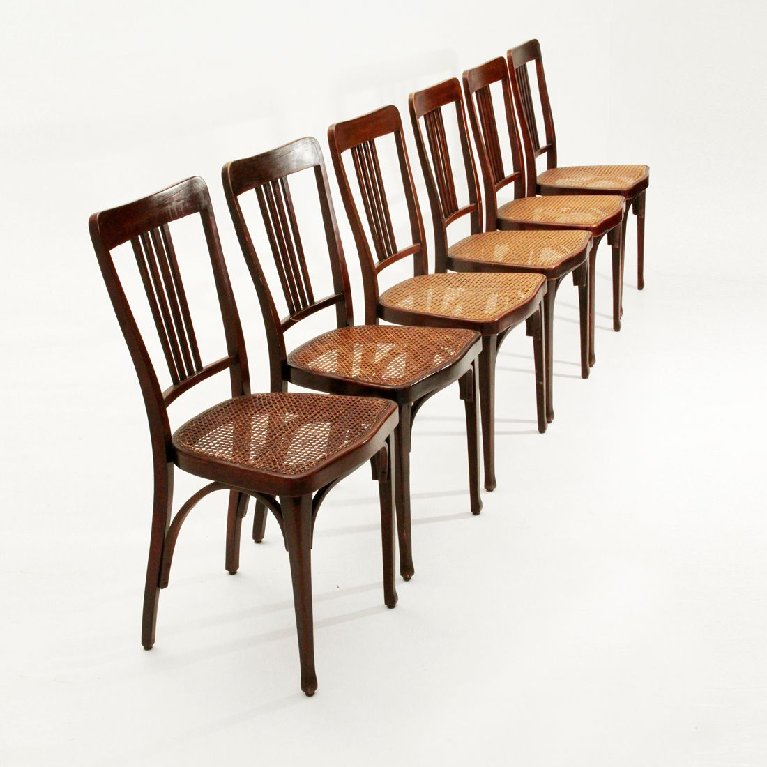 jugendstil mod 675 st hle von thonet 1900er 6er set bei pamono kaufen. Black Bedroom Furniture Sets. Home Design Ideas