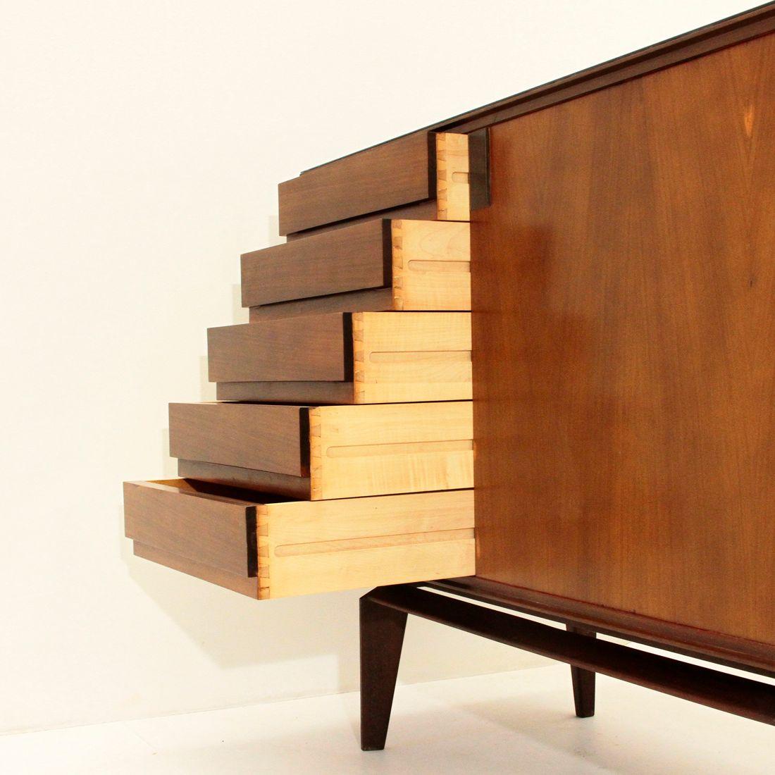 Palisander sideboard by edmondo palutari for dassi 1950s for Sideboard 3 meter lang