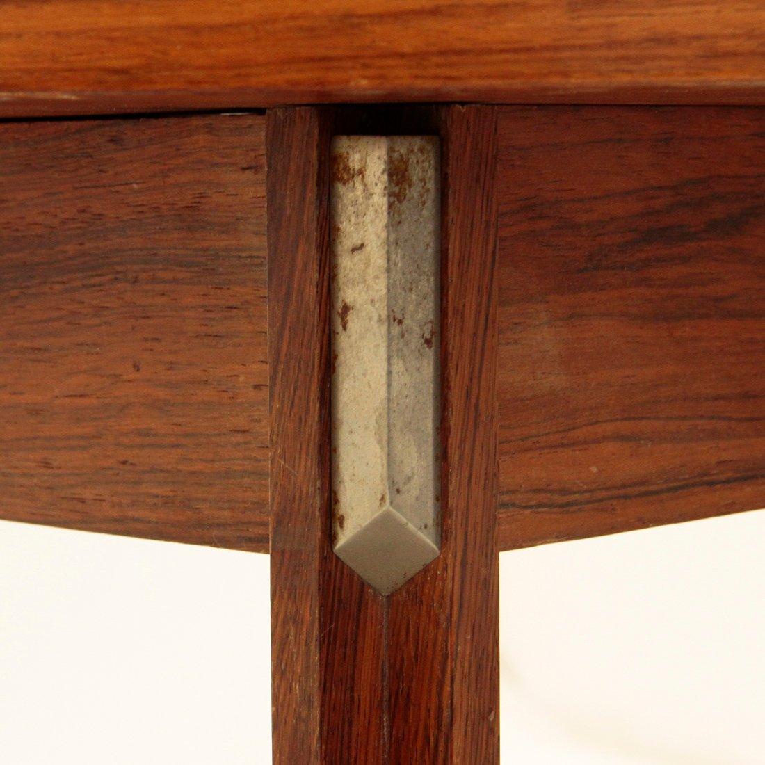 runder tisch aus holz aluminium von georges coslin f r. Black Bedroom Furniture Sets. Home Design Ideas