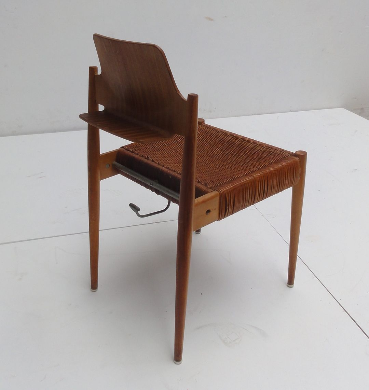 chaise d 39 eglise se119 par egon eiermann pour wilde spieth en vente sur pamono. Black Bedroom Furniture Sets. Home Design Ideas
