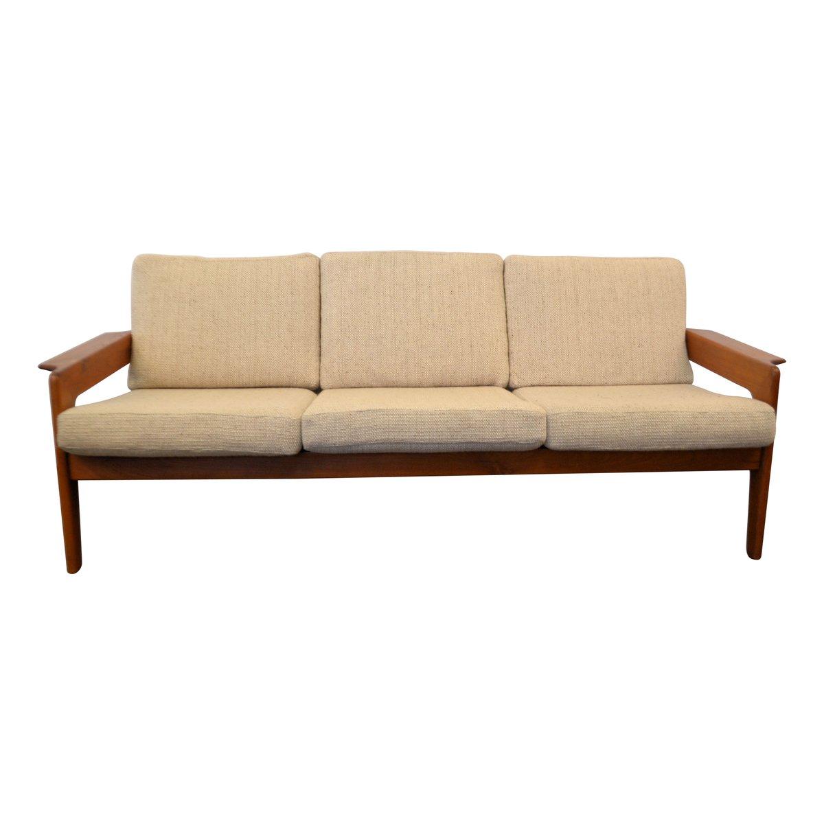 d nisches vintage sofa mit teakholzrahmen von arne wahl iversen f r komfort bei pamono kaufen. Black Bedroom Furniture Sets. Home Design Ideas