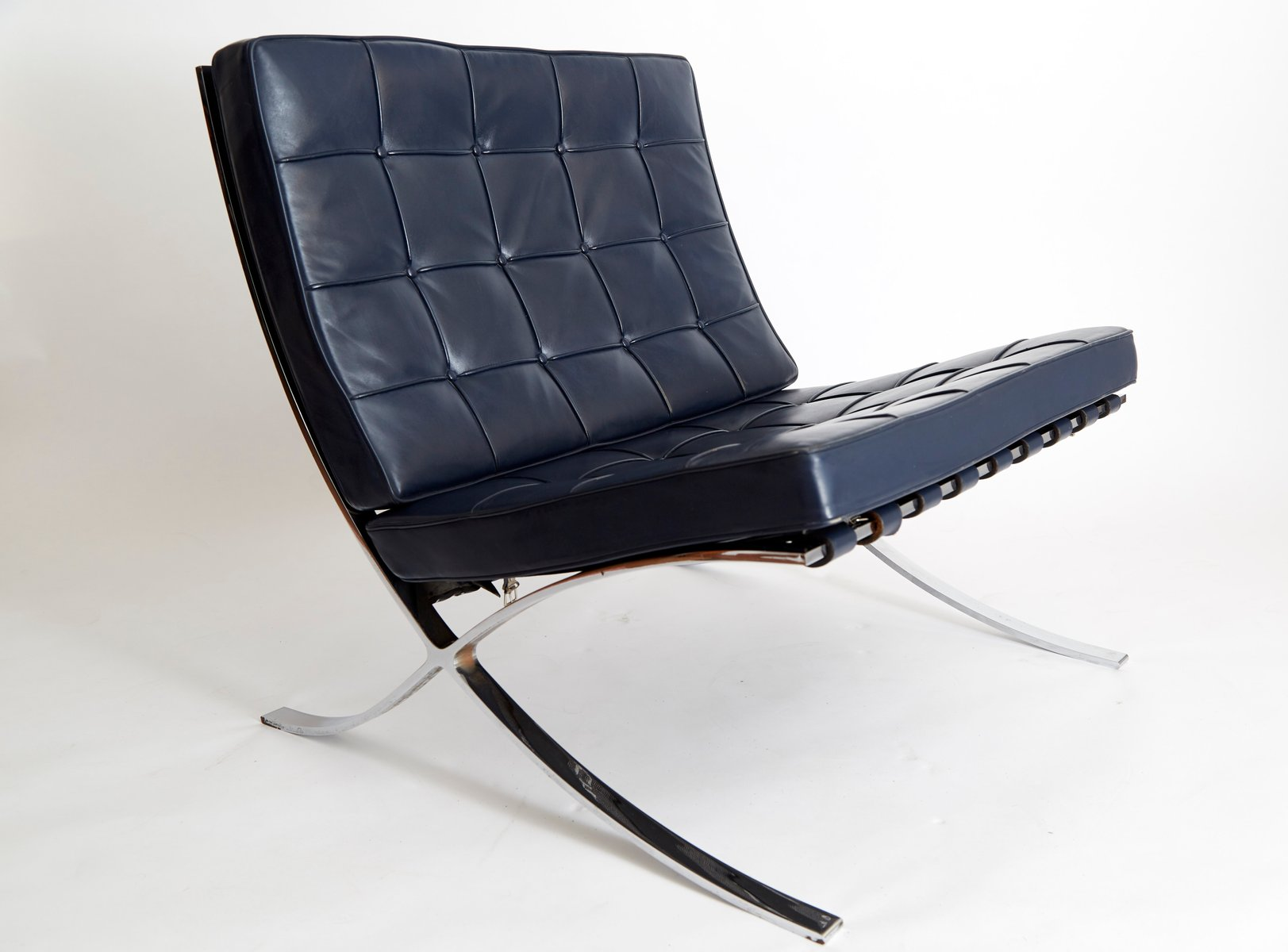 vintage mr90 barcelona chair by ludwig mies van der rohe for knoll international for sale at pamono. Black Bedroom Furniture Sets. Home Design Ideas