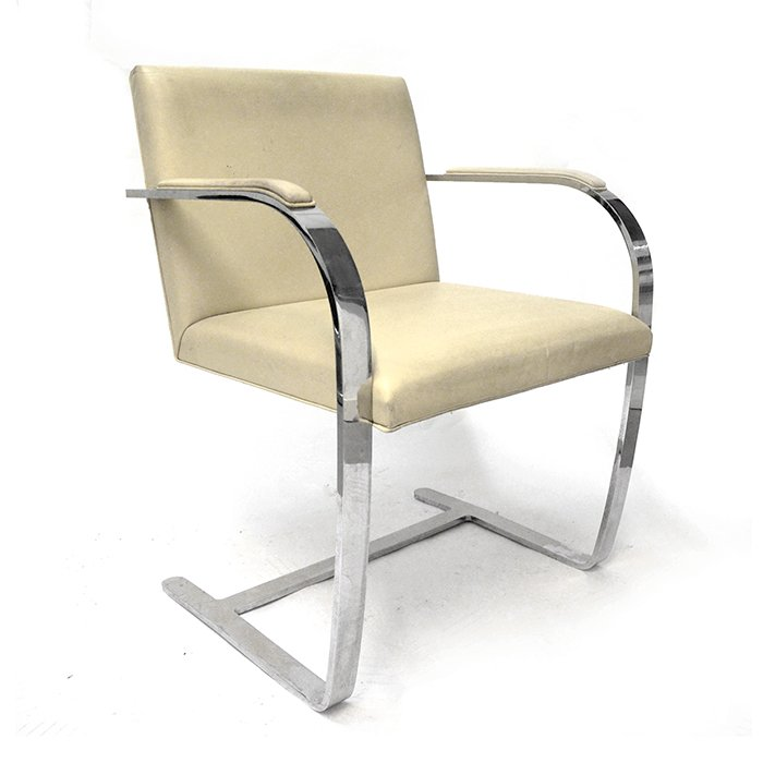 Sedia brno a base piatta di ludwig mies van der rohe anni - Mies van der rohe sedia ...