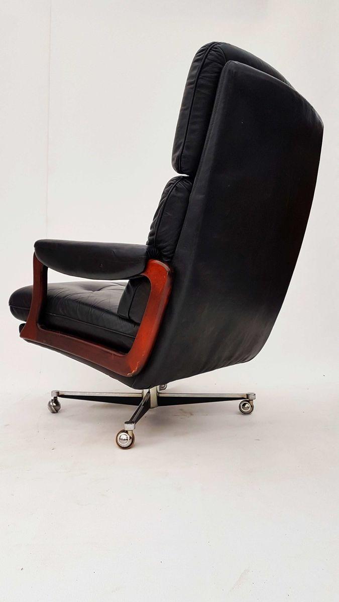 leder drehsessel und ottoman von preben fabricius j rgen. Black Bedroom Furniture Sets. Home Design Ideas