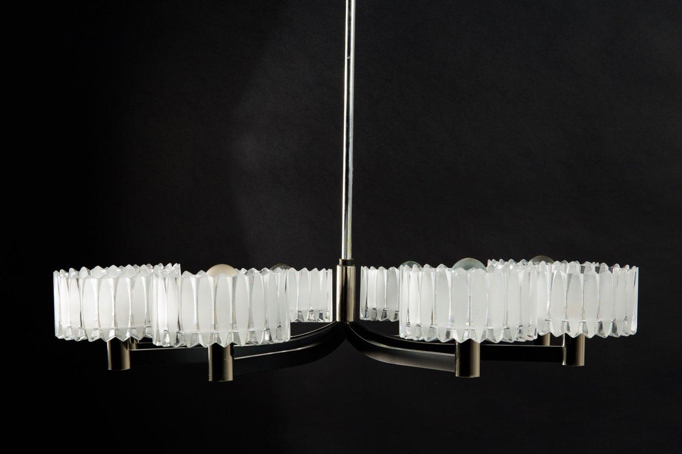 deutscher kronleuchter mit 8 lampenschirmen aus kristallglas 1960er bei pamono kaufen. Black Bedroom Furniture Sets. Home Design Ideas