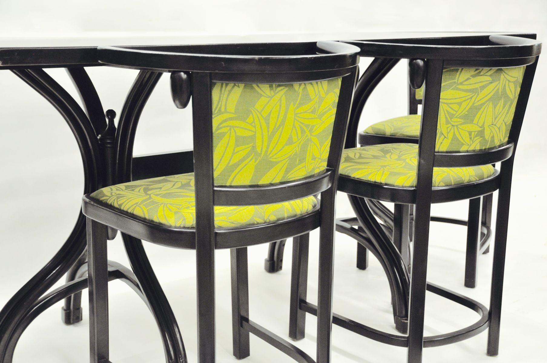 bugholz tisch mit vier bugholz armlehnst hlen von josef hoffmann michael thonet 1980er bei. Black Bedroom Furniture Sets. Home Design Ideas