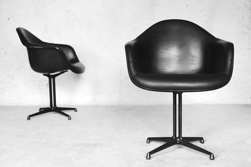 La Fonda Chairs By Charles U0026 Ray Eames For Herman Miller, 1960s, Set Of 2