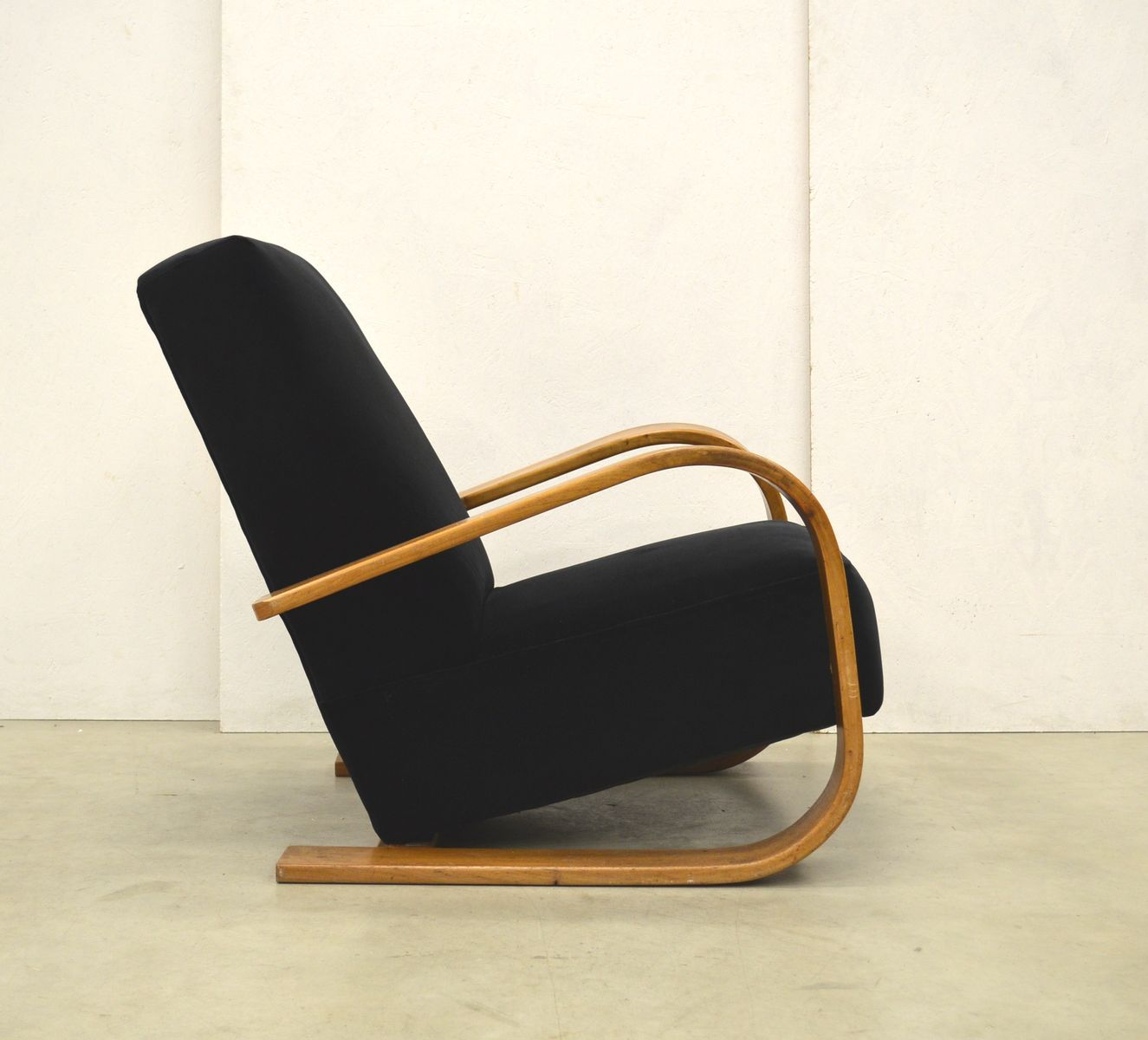 Finnish art deco style lounge chairs 1930s set of 2 for for Art deco style lounge