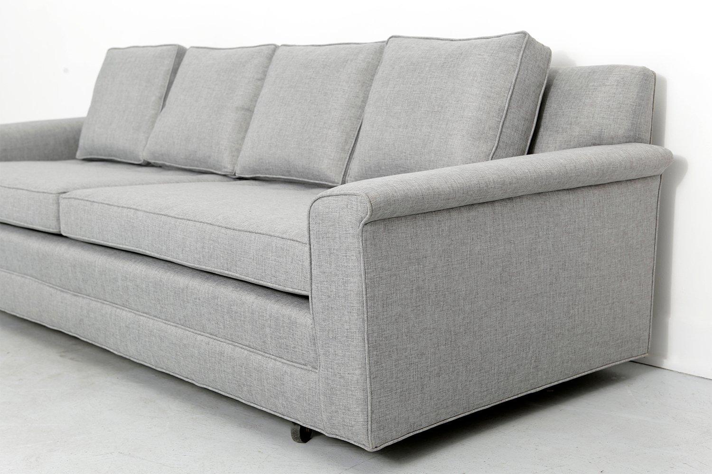 mid century sofa von edward wormley f r dunbar bei pamono. Black Bedroom Furniture Sets. Home Design Ideas