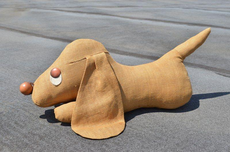 elegant pouf poire le chien ii tissu zoomorphic en cuir en vente with pouf  drapeau anglais. f9159e9101e8