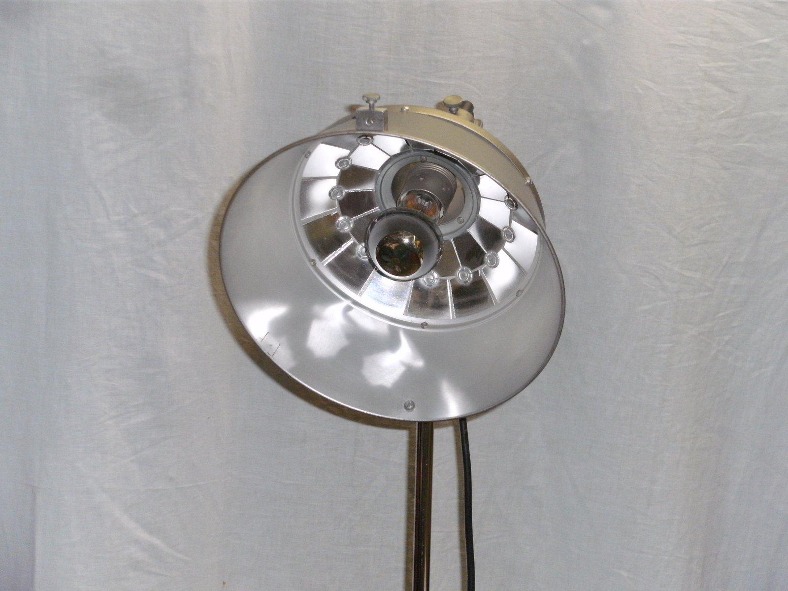 lampe de photographe sur pied de k weinert 1950s en vente sur pamono. Black Bedroom Furniture Sets. Home Design Ideas