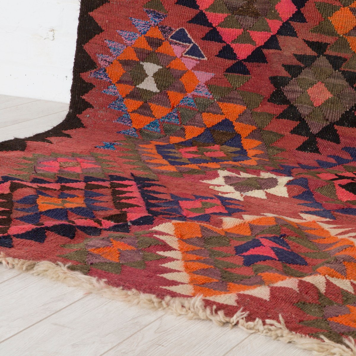 grand tapis kilim vintage en vente sur pamono. Black Bedroom Furniture Sets. Home Design Ideas