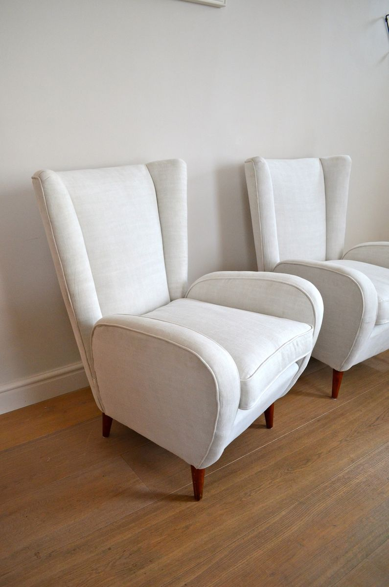 wei e italienische sessel 1950er 2er set bei pamono kaufen. Black Bedroom Furniture Sets. Home Design Ideas