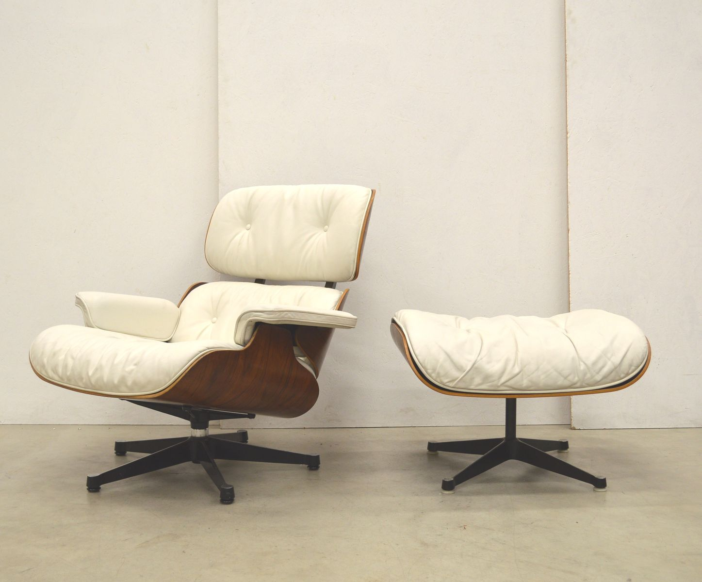 Lounge Chair Ottoman by Ray Charles Eames for Herman Miller