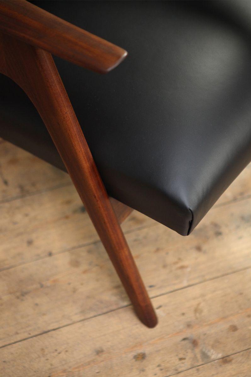 nederl ndischer mid century sessel mit hoher r ckenlehne bei pamono kaufen. Black Bedroom Furniture Sets. Home Design Ideas
