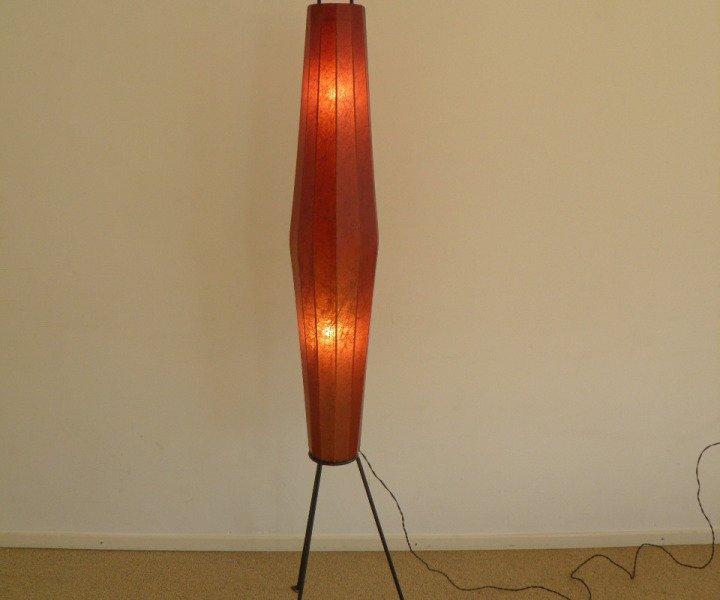 dreibeinige metall stehlampe 1950er bei pamono kaufen. Black Bedroom Furniture Sets. Home Design Ideas