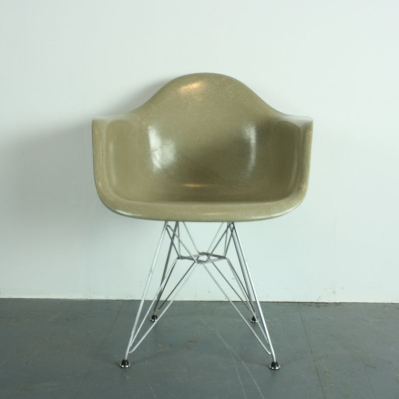 Affordable Vintage Armchair In Light Greige On Eiffel Base By Charles Eames For Zenith With Chaise