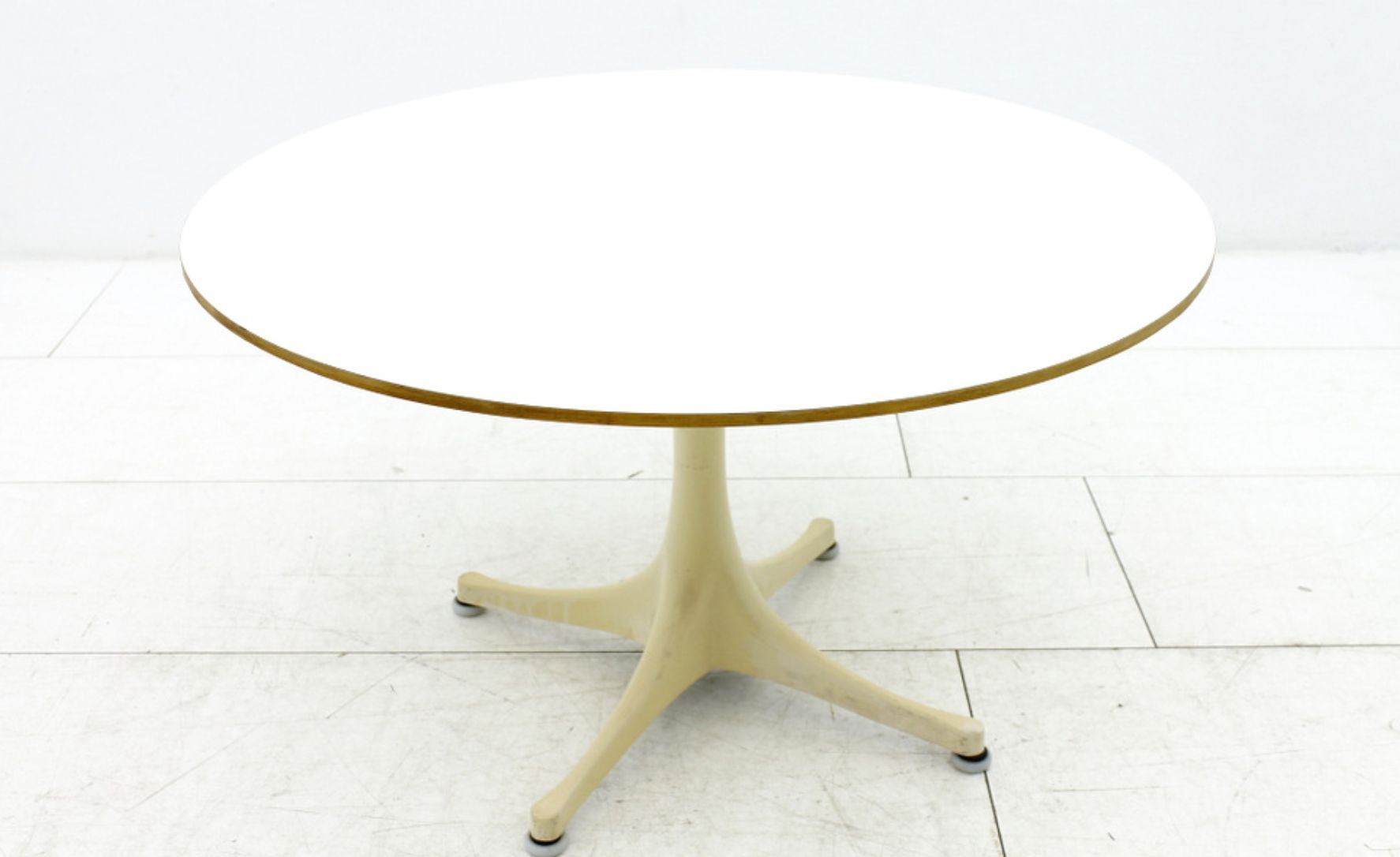 Coffee Table by George Nelson for Herman Miller 1960s for sale at