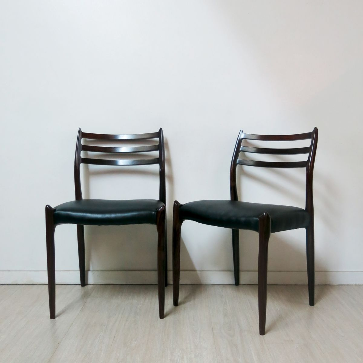 Vintage Moller Dining Chairs ~ Dining chairs by niels o møller for j l