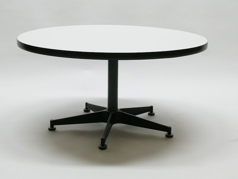 table basse ronde en formica 1950s en vente sur pamono. Black Bedroom Furniture Sets. Home Design Ideas