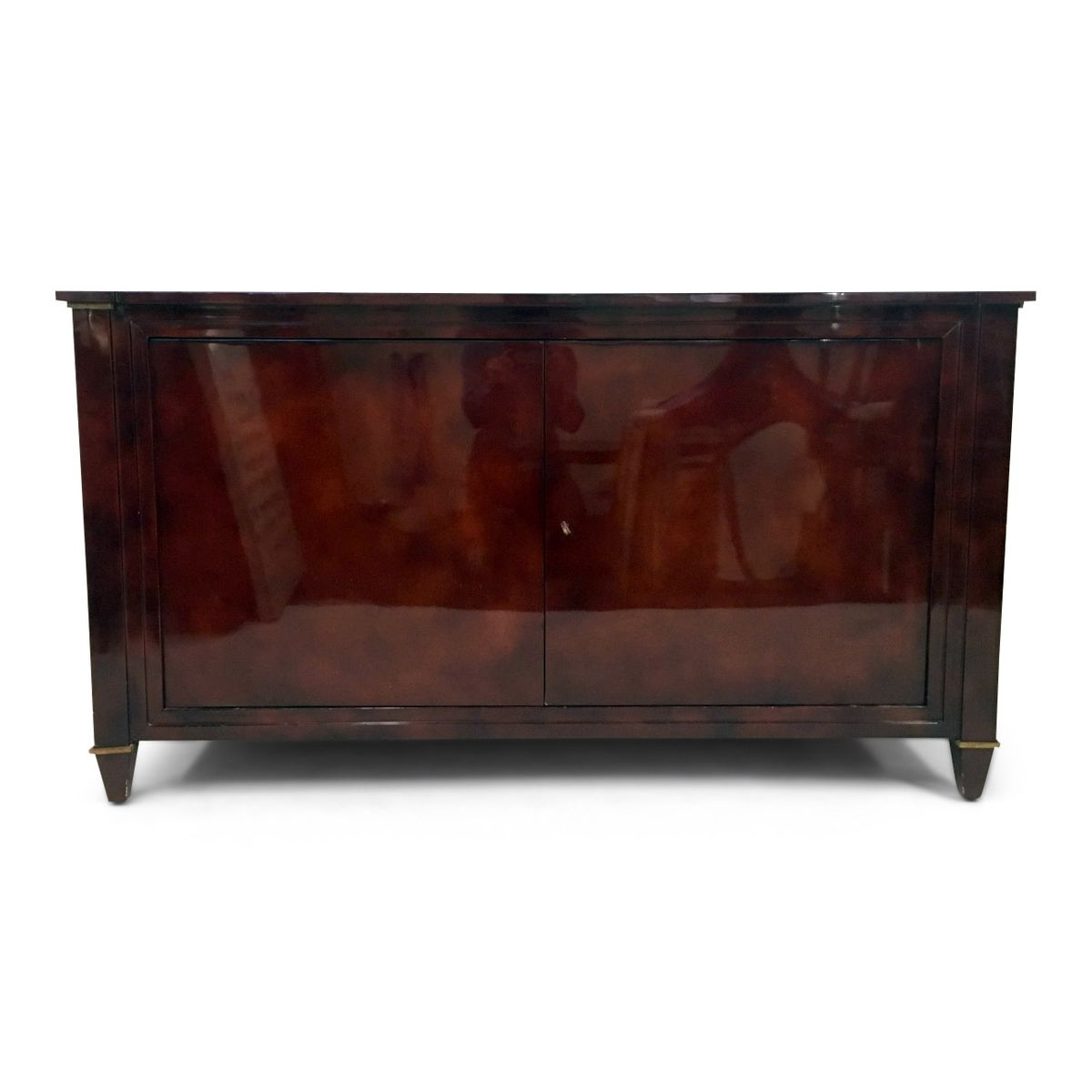 rot lackiertes vintage sideboard von maison ramsay bei. Black Bedroom Furniture Sets. Home Design Ideas
