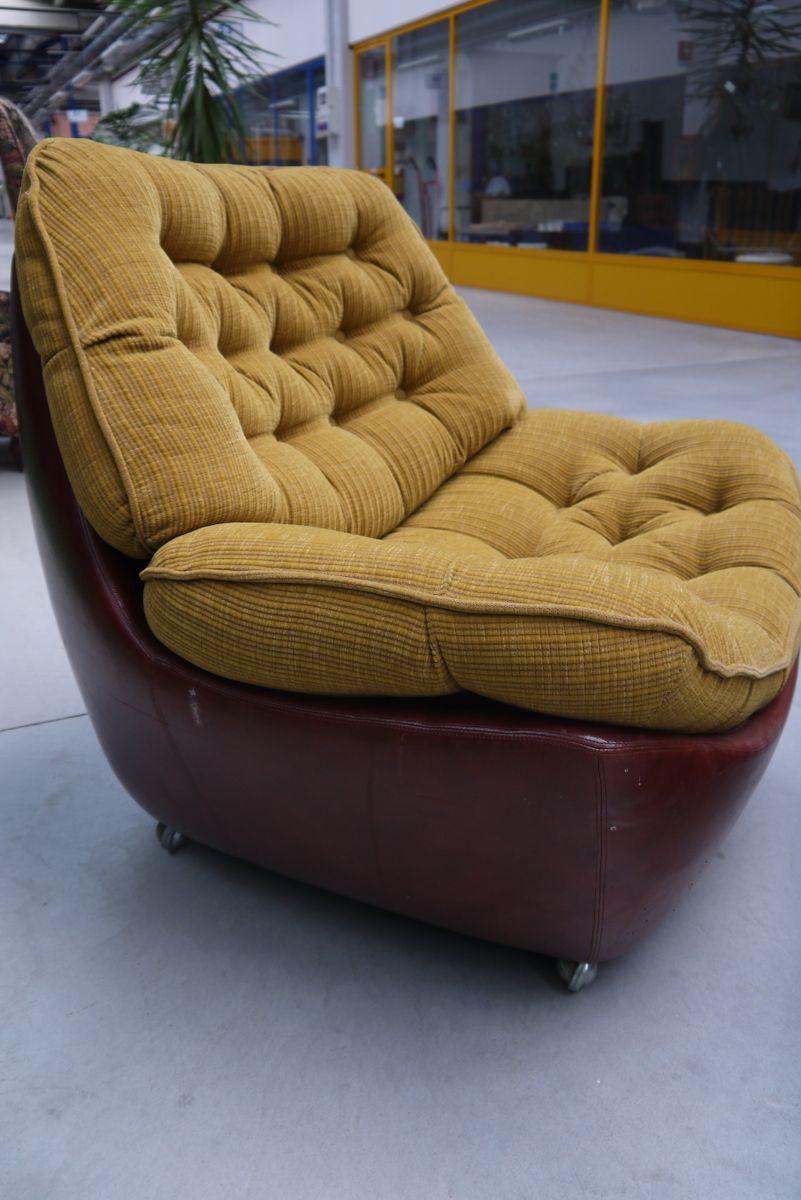 italienische leder sessel mit fu hocker 1970er bei pamono. Black Bedroom Furniture Sets. Home Design Ideas