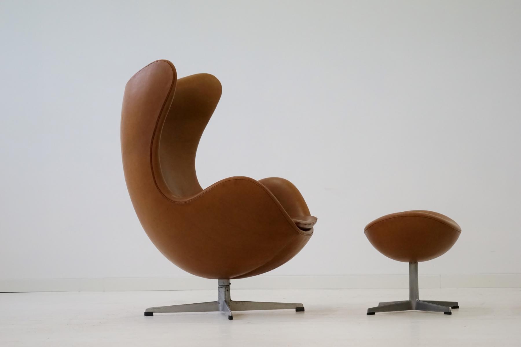 Leather Egg Lounge Chair U0026 Ottoman By Arne Jacobsen For Fritz Hansen, 1960s