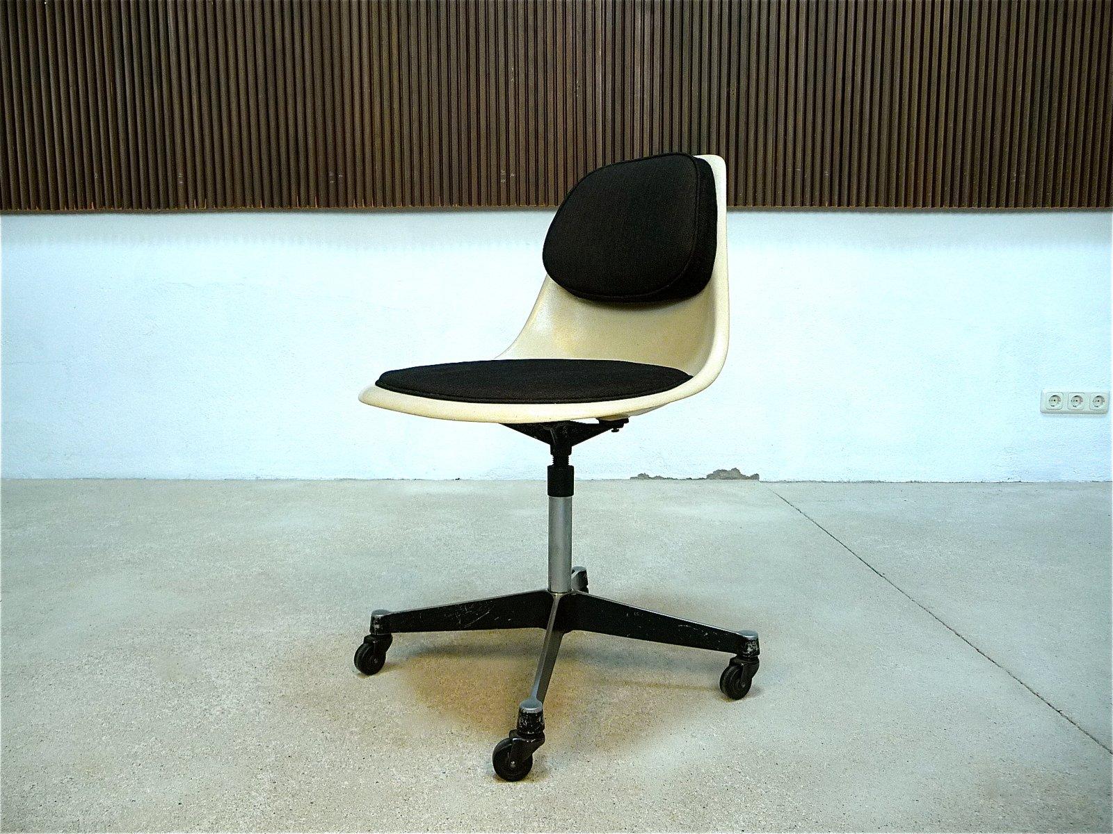 Bürostuhl Eames pscc 4 bürostuhl charles eames für herman miller 1960er
