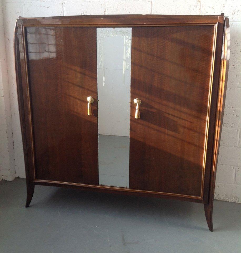 Armoire art d co en noyer france 1930s en vente sur pamono for Deco francaise