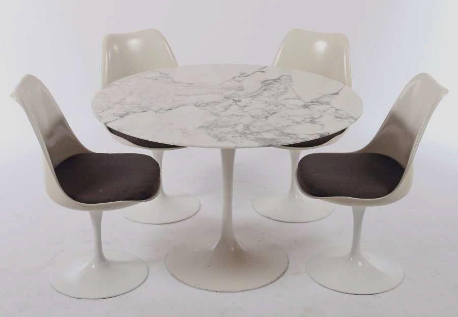 Tavolo da pranzo tulip vintage con ripiano in marmo e 4 for Sedie per tavolo tulip