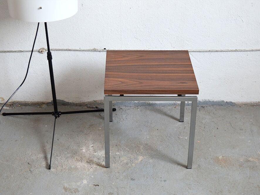 beistelltisch aus verchromten metall palisander bei. Black Bedroom Furniture Sets. Home Design Ideas