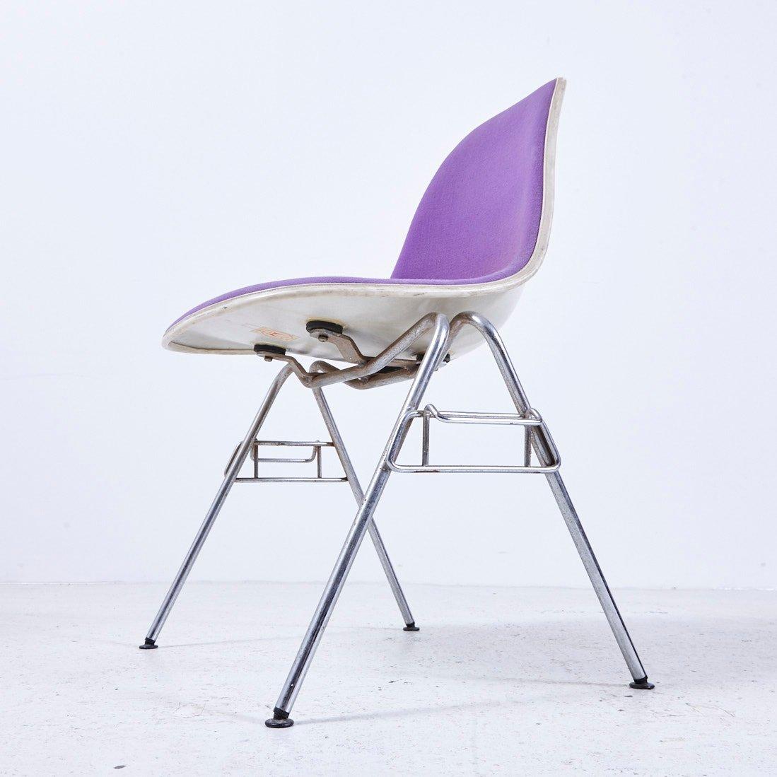 stapelbarer dss n fiberglas stuhl von charles ray eames f r herman miller 1950er bei pamono. Black Bedroom Furniture Sets. Home Design Ideas