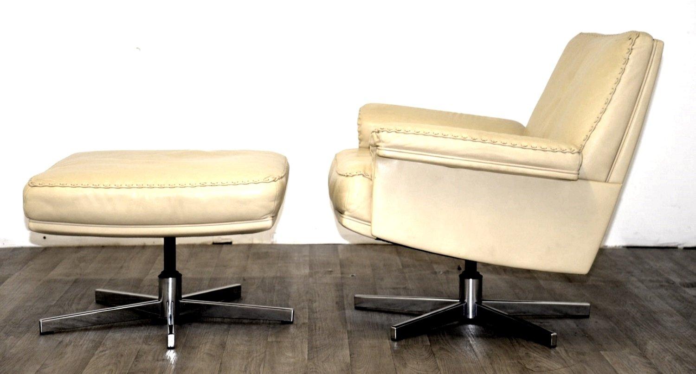 schweizer ds 35 drehsessel fu hocker von de sede 1960er. Black Bedroom Furniture Sets. Home Design Ideas